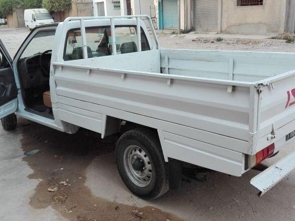 annonces de voitures d 39 occasion en tunisie. Black Bedroom Furniture Sets. Home Design Ideas