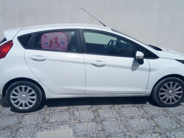 Ford Fiesta 4 cylindres / 5 CV