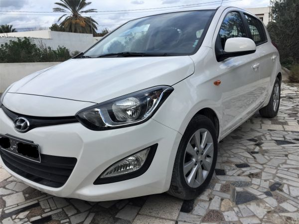 Hyundai i20 Comme neuve 4cv 85CH