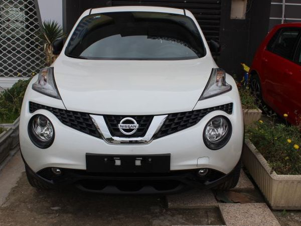 Nissan Juke blanc perle tekna