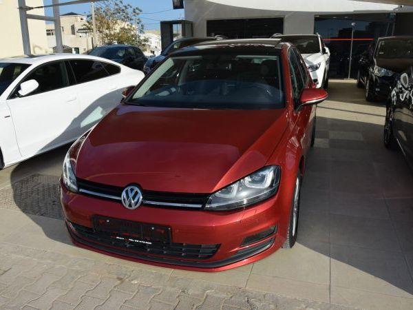 Volkswagen Golf 7 TOIT PANO ET XENON
