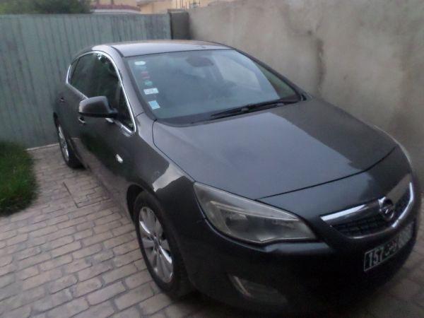 Opel Astra ASTRA  J CDTI 1.7