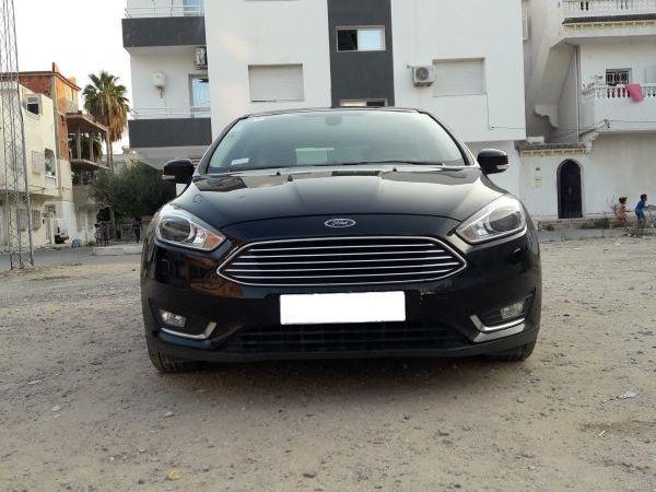 Ford Focus Titanium Ecoboost 1L