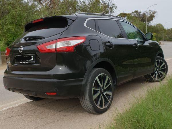 Nissan Qashqai Tekna plus toit pano