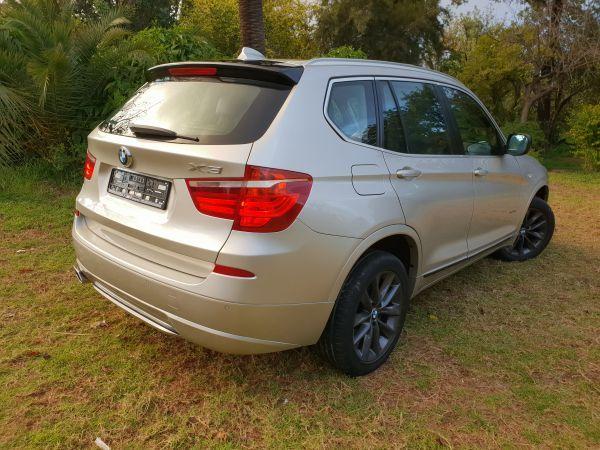 BMW X3 X-Drive toit BVA 2L