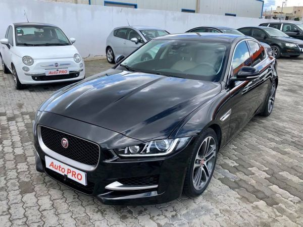 Jaguar XE 2.0L